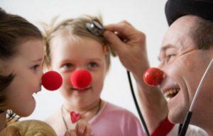 Soutenir l'association Le Rire Médecin et les enfants malades à l'hôpital