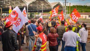 Une cagnotte de soutien aux grévistes permet la mobilisation de la SNCF.