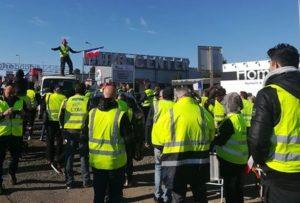 Le mouvement Gilets Jaunes se mobilise près de Marseille