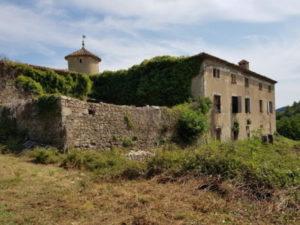 Un château qui ne demande qu'à retrouver son lustre passé