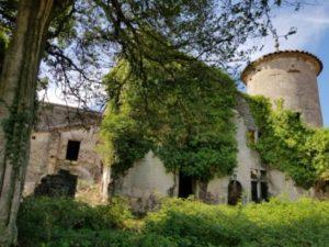 Le château du Maylet et sa tour