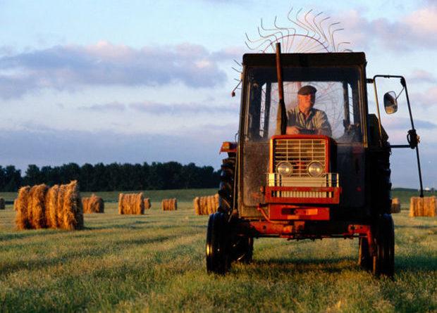 aider un agriculteur en difficulté